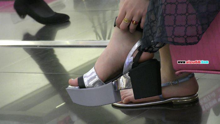 M1160032 极品美女试鞋.MP4_20170627_164819.000.jpg