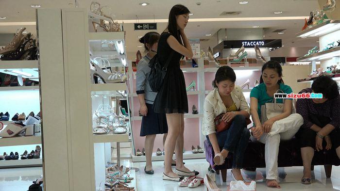 [4K视频]标准的商场美人展美足[0055].MP4_20170627_181728.000.jpg