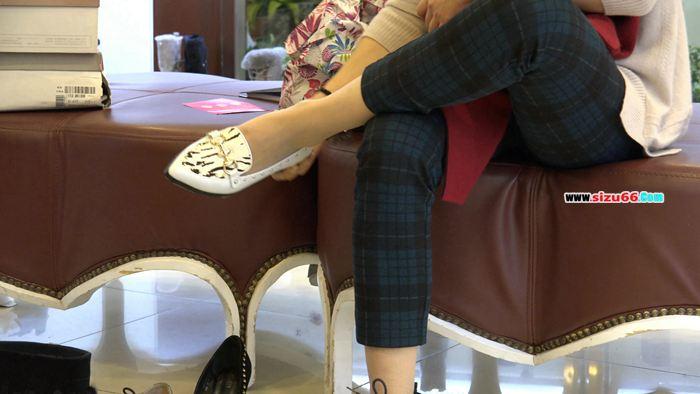 [4k视频]端庄少妇的试鞋丝,竟然是原生的长肉丝.mp4_20170628_000634.359.jpg