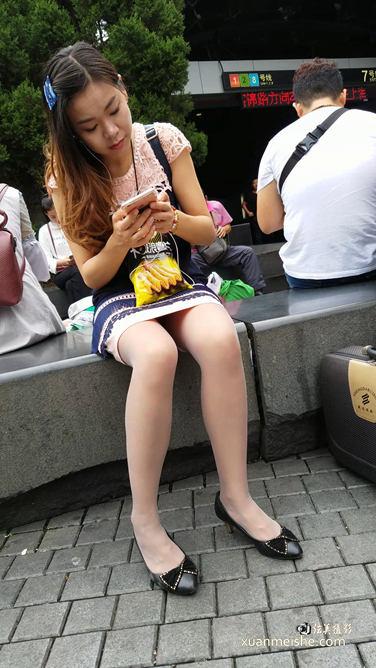 连衣裙肉丝.mp4_20180114_222744.020.jpg