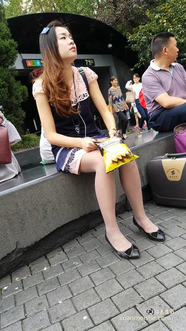 连衣裙肉丝.mp4_20180114_222841.292.jpg