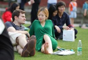 让你身临其境绿衣女郎脚边,让她的美足穿透屏幕(76P)