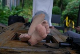 【丝足】大一清纯长腿舞蹈学妹璐璐的可爱短脚趾你喜欢吗 上 91P