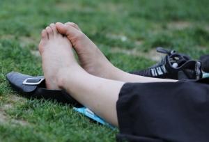 优雅端庄的女生,趁着天色渐晚偷偷伸直了双脚(47P)