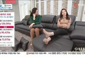 韩国美女展示丝袜美足脚合集