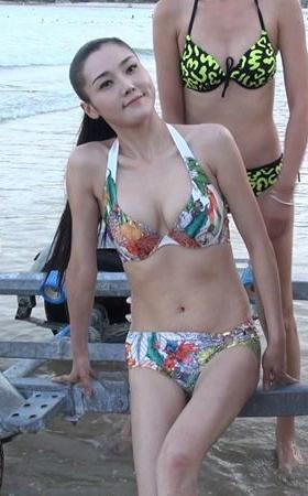 2017世界生态旅游小姐中国总决赛海边比基尼外拍