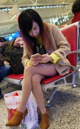 4K-视频-高铁站性感的肉丝高跟鞋美少妇-TT00913