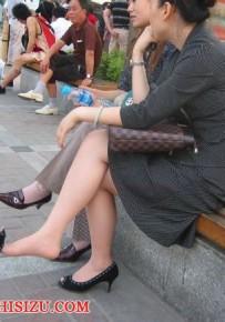 「挑鞋」 最爱看挑鞋了 发几张珍藏挑鞋图 戳进来看看吧20P