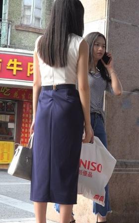 4k-紧身蓝牛加深蓝包臀裙高挑美女姐妹 1.87G