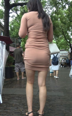 4K - 超级丰满丰腴身材紧身包臀裙 1.54G