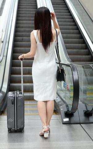 街拍性感白裙美女 -19P
