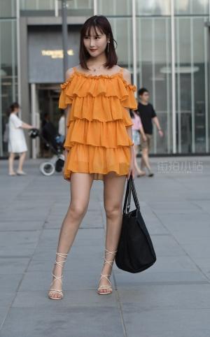 街拍时尚拼接吊带裙女孩 -22P