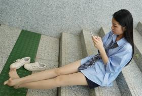 【丝袜】地铁站口邂逅肉丝长腿学生妹小杨 [73P]