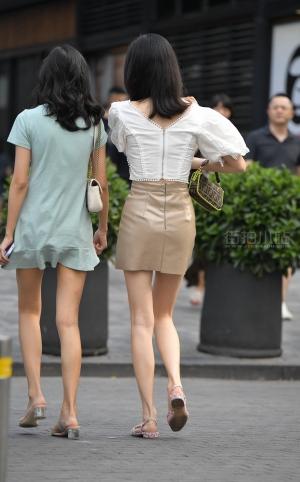 街拍美腿高跟姐妹 -21P
