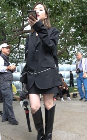 4K - 长靴时尚美女