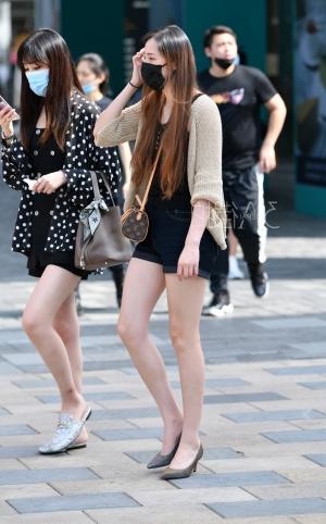 高跟长腿美女 - 12p