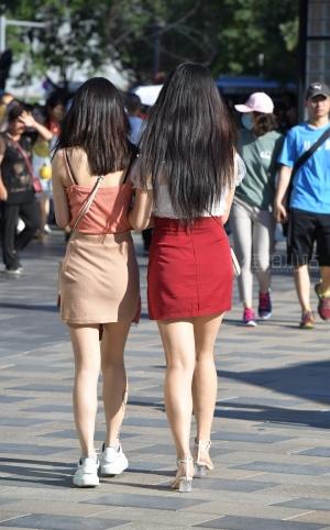 街拍时尚美女姐妹 -24P