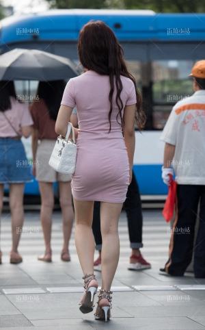 街拍粉色包臀裙高跟美女 -15P